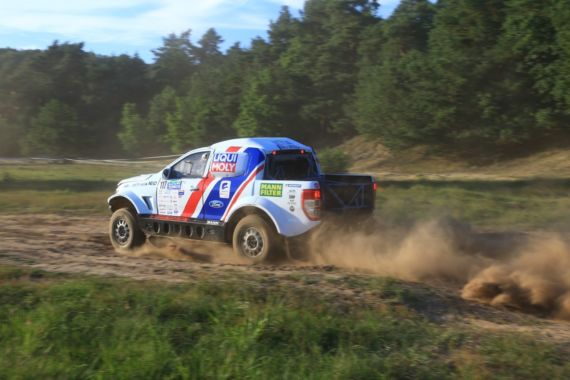 Buggyra Ultimate Dakar among the best teams